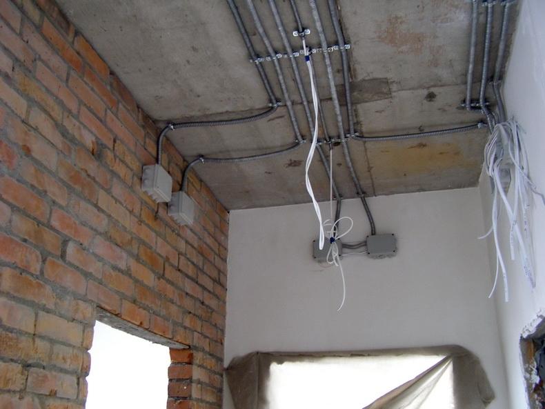 Прокладка внешней электропроводки