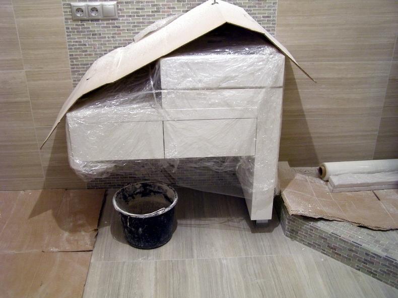 Монтаж мебели в санузлах