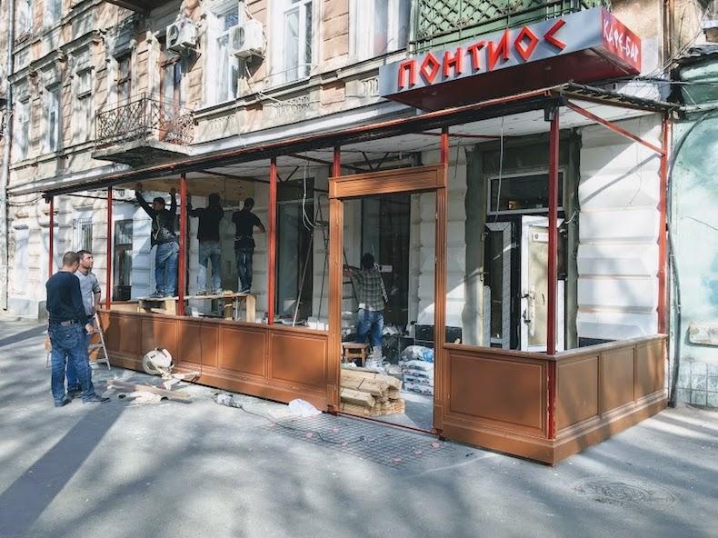 Сборка пристройки к кафе Понтиос