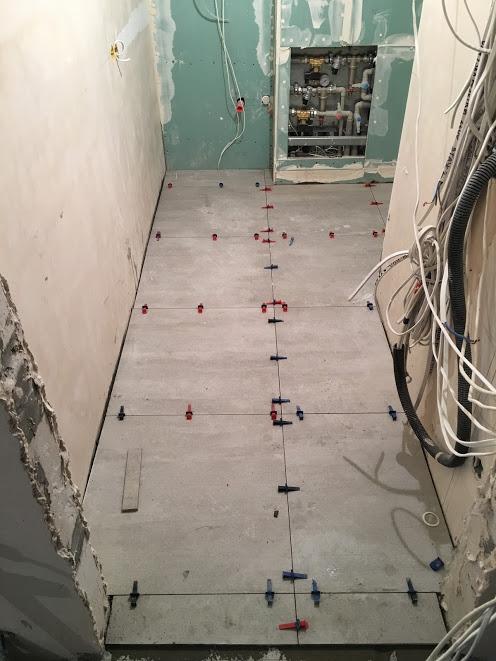 Укладка плитки в техническом помещении