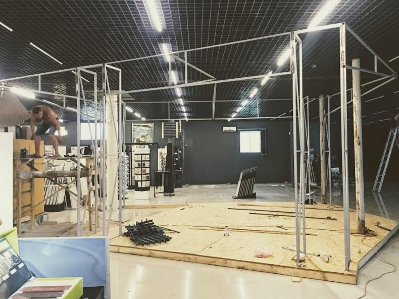 Монтаж выставочного стенда для компании Mattoni