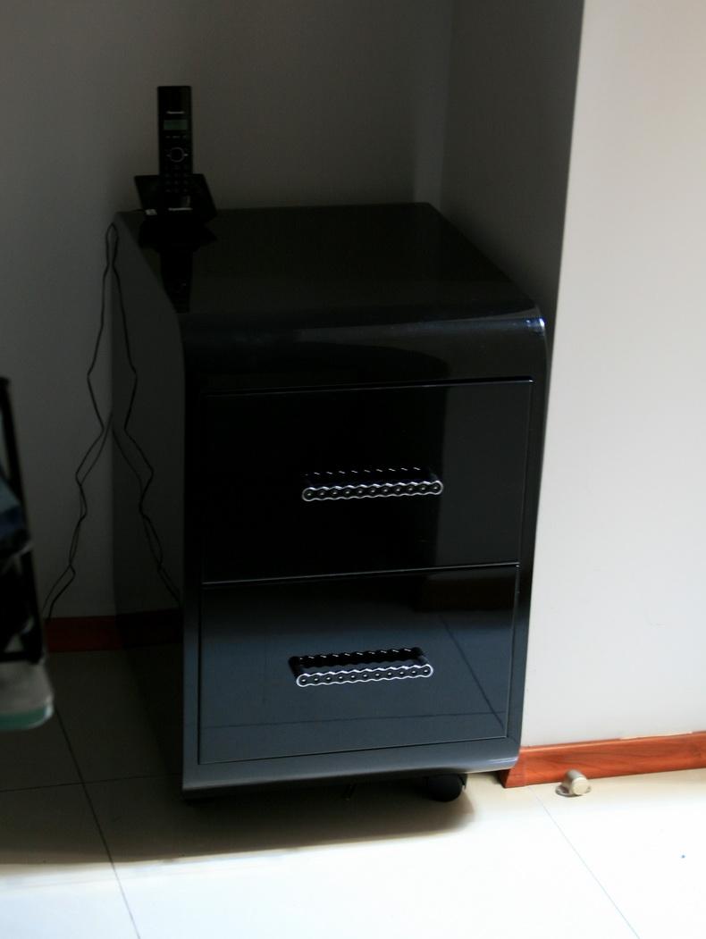 Тумбочка для компьютерного столика