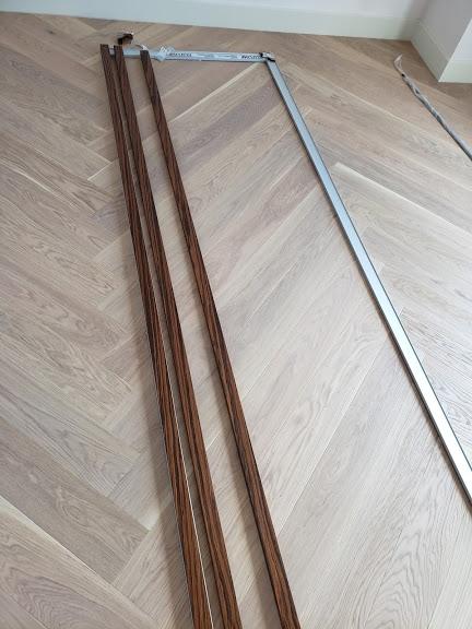 Монтаж декоративных реек в алюминиевую рамку