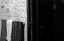 Стеклянная душевая кабинка для бутика «КУКЛА»
